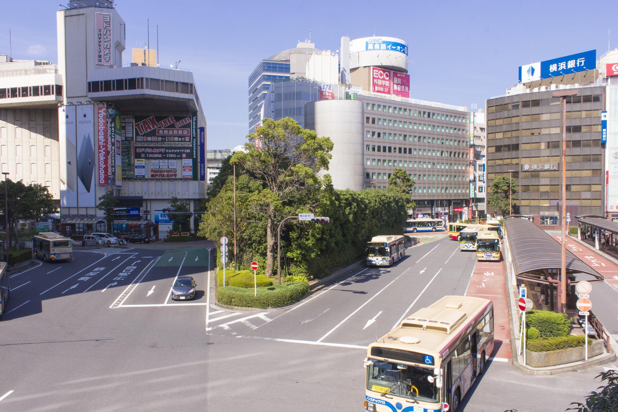 【ネット予約可】横浜駅の矯正歯科|目立たず歯並びを整えるならば