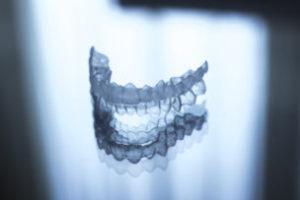 マウスピースで歯を矯正する時に知っておきたいデメリット